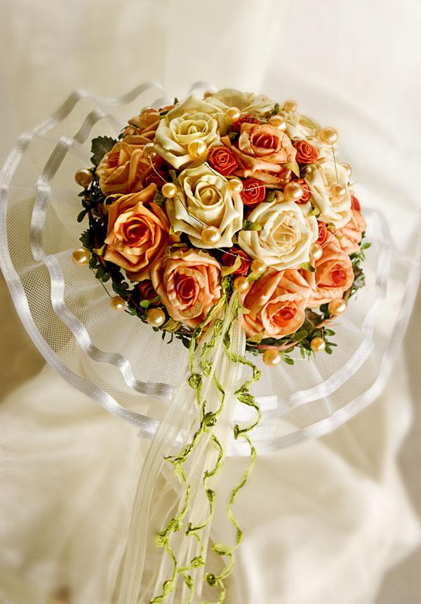 Details zu Brautstrauß Biedermeier lachs-creme Rosen Perlen NEU